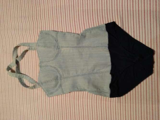 Imagen producto Minifaldas seminuevos en buen estado 3