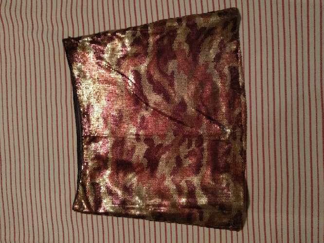 Imagen producto Minifaldas seminuevos en buen estado 10