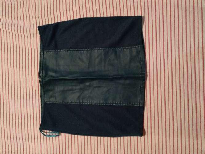 Imagen producto Minifaldas seminuevos en buen estado 8