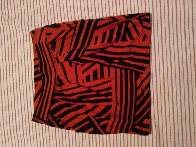 Imagen producto Minifaldas seminuevos en buen estado 5