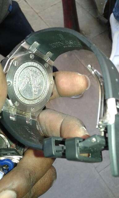 Imagen producto Reloj suizo (EDICIÒN LIMITADA )  2