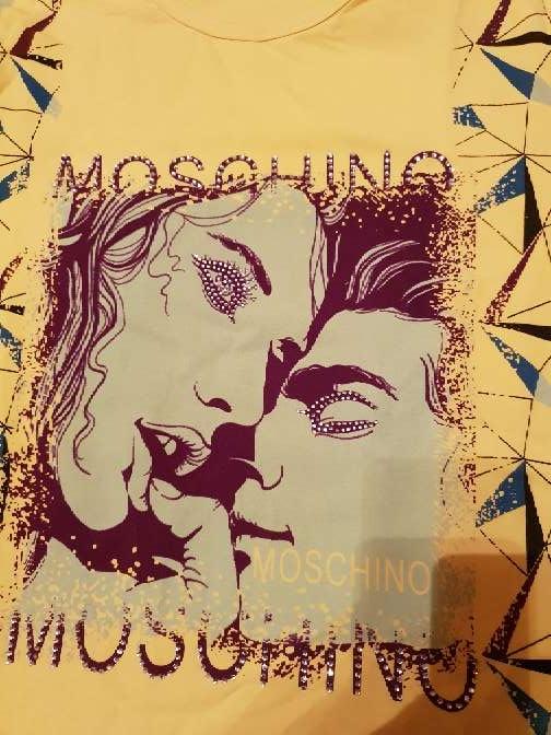 Imagen producto Camiseta moschino 2