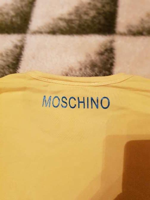 Imagen producto Camiseta moschino 4