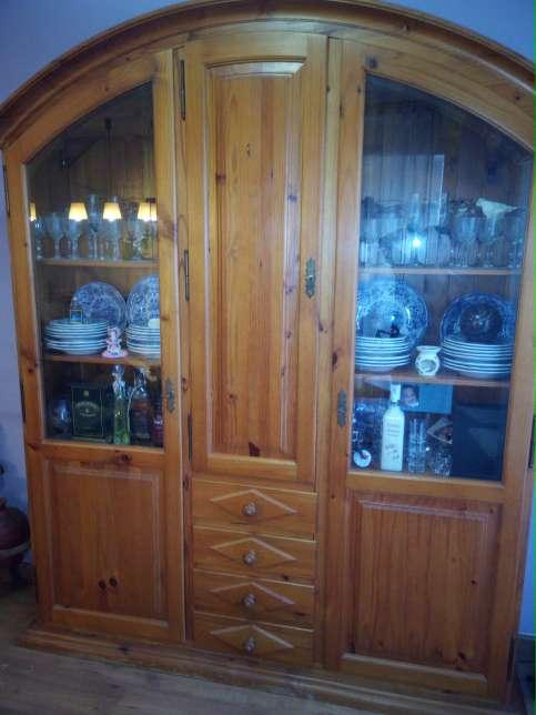 Imagen mueble rustico de comedor