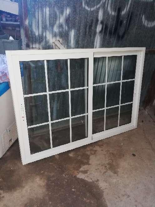 Imagen ventana de aluminio
