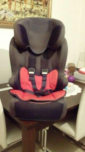 Imagen silleta de coche para niño