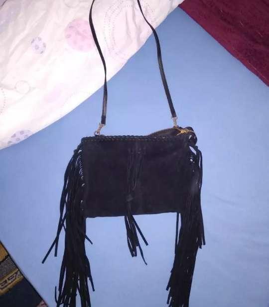 Imagen producto Bolso de terciopelo negro 2