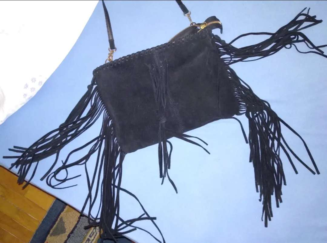 Imagen producto Bolso de terciopelo negro 1