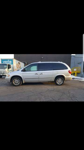 Imagen 2003 Chrysler Town and country