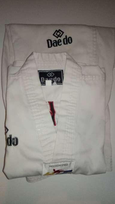Imagen Dobok/kimono de taekwondo 110cm.