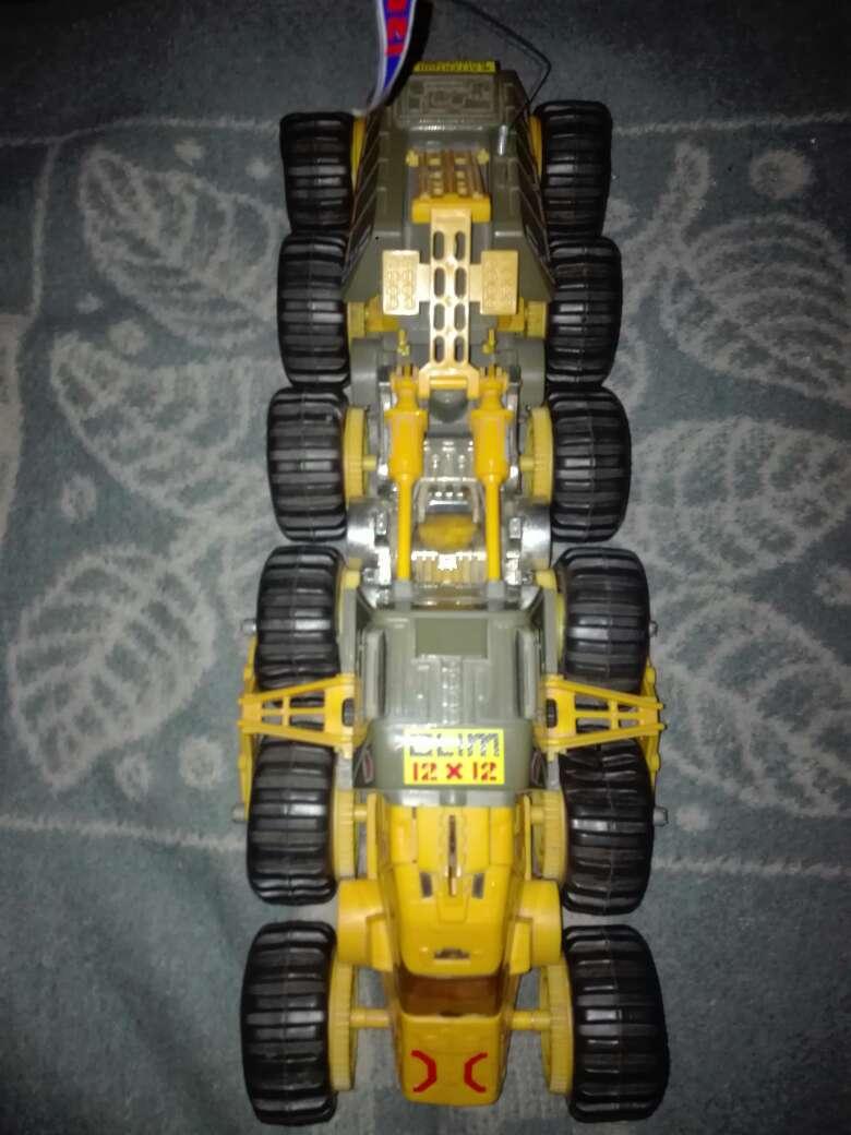 Imagen Camión oruga 12x12 clim