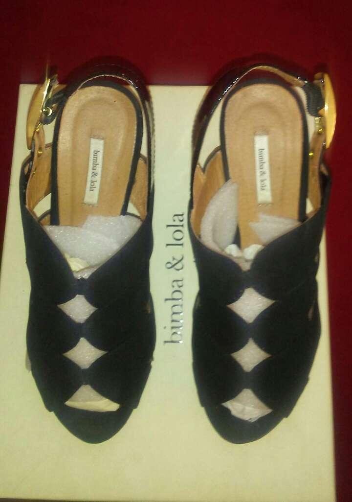 Imagen sandalias marca bimba&lola talla36