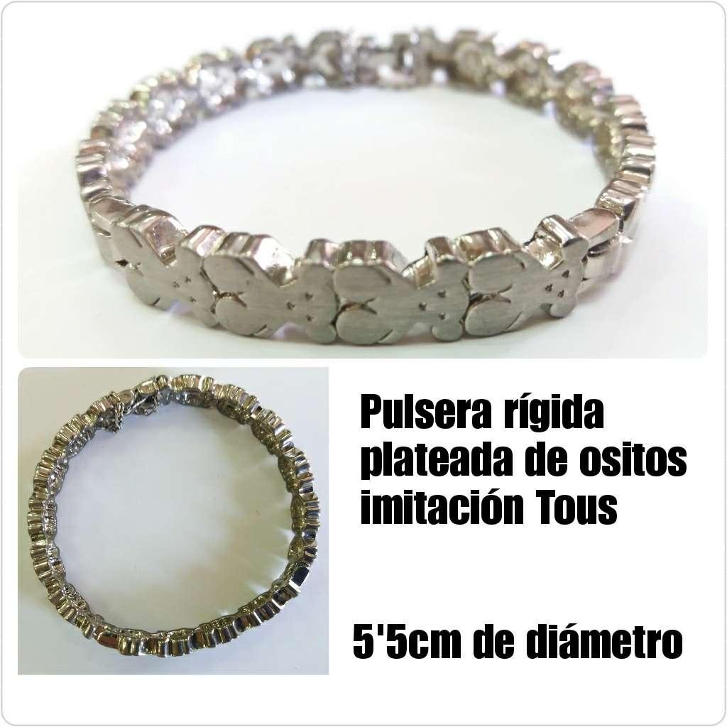 Imagen producto Pulsera plateada con ositos 5'5cm de diámetro  1