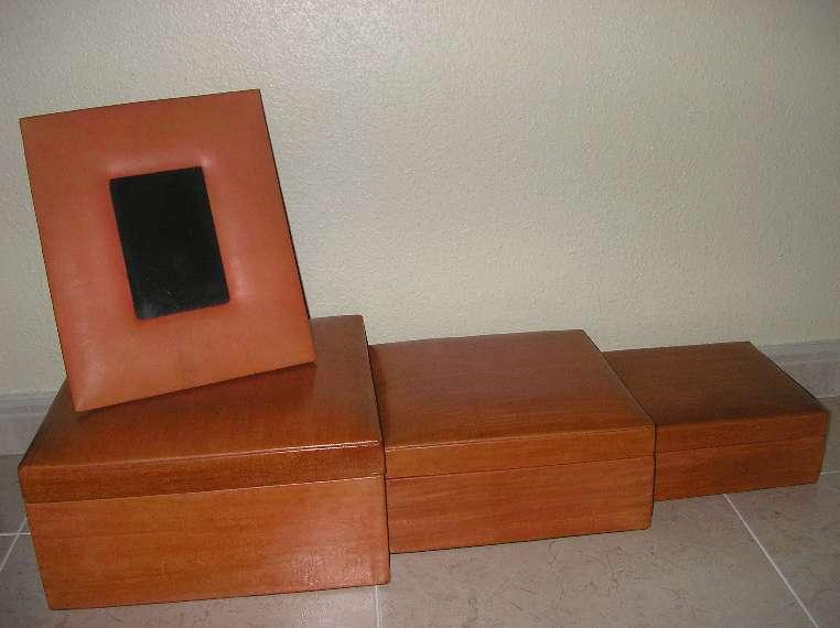 Imagen 3 cajas de piel naranja + portafotos