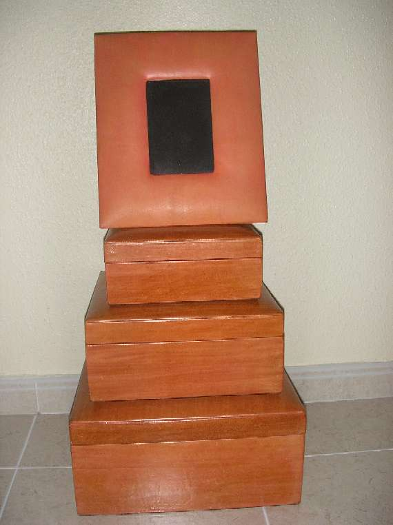 Imagen producto 3 cajas de piel naranja + portafotos 3