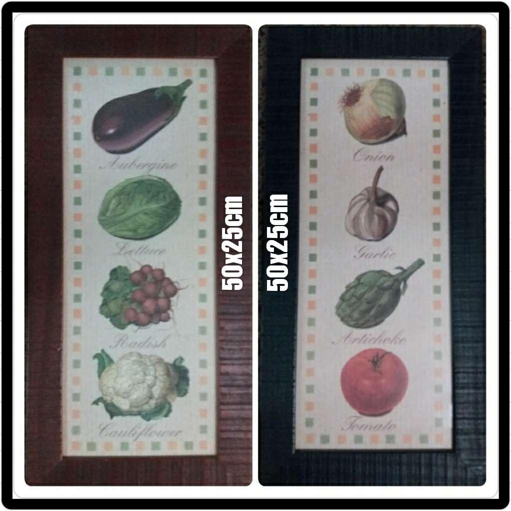 Imagen 2 cuadros de cocina de madera. Miden50x25cm c/u.