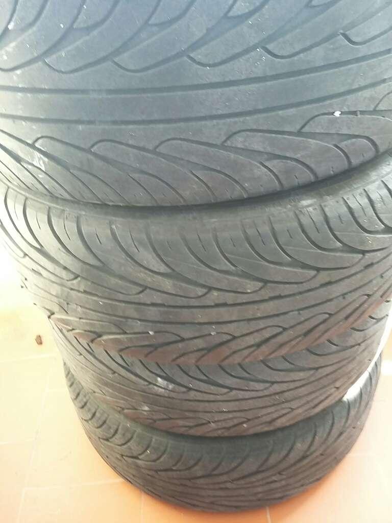 Imagen 4 Llantas con neumático Fiesta