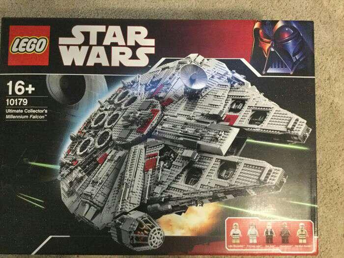 Imagen LegocStar Wars Halcón Milenario oficial