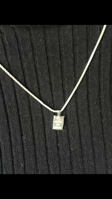 Imagen colgante lingote de 1 gramo plata