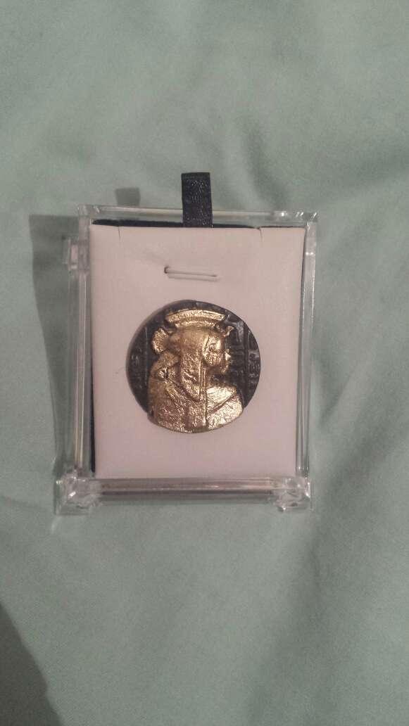 Imagen producto Moneda meteorito diosa Isis 2