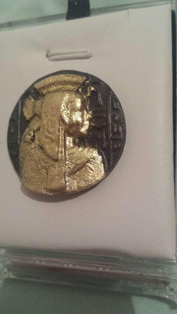 Imagen producto Moneda meteorito diosa Isis 3