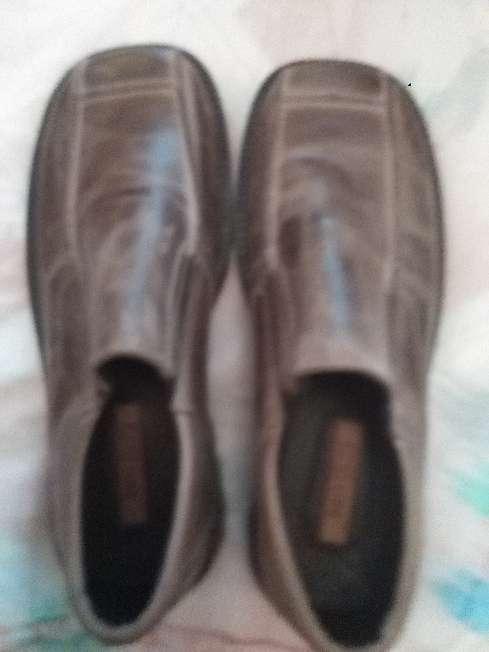 Imagen Zapatos Fat modernos,talla 43,para hombre, a estrenar.
