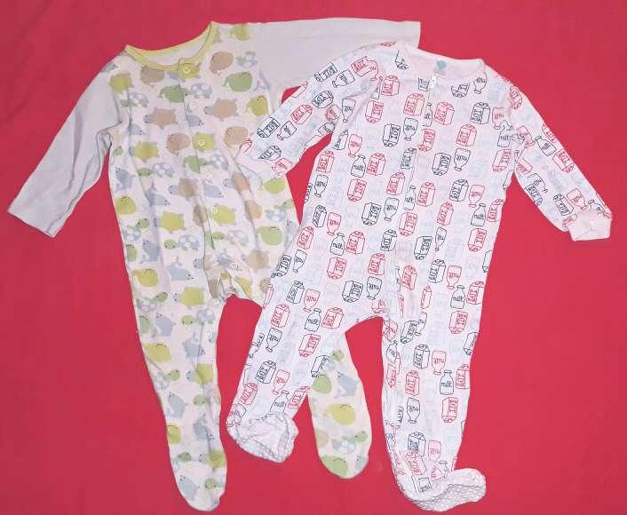 Imagen 2 pijamas, 12m.