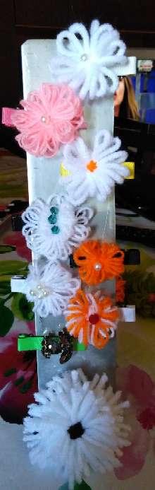 Imagen Flores de lana hechas a mano.