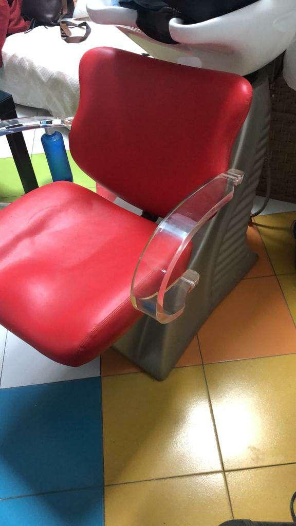 Imagen Vendo 2 sillones y un Lavacabezas
