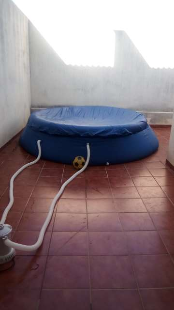 Imagen ganga de piscina grande