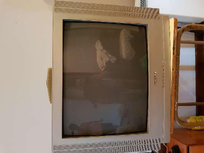Imagen televisor samsung de 28 pulgadas