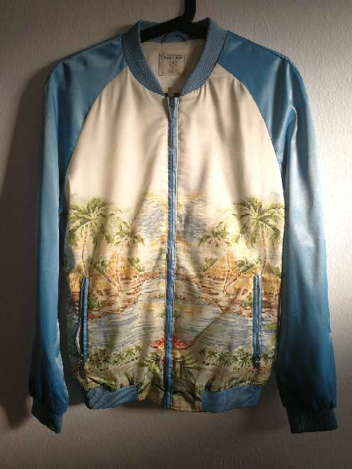 Imagen chaqueta de raso Zara