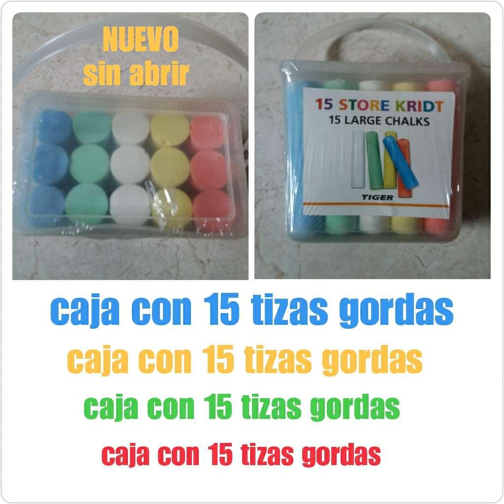 Imagen Caja de 15 tizas de colores gordas. NUEVO.