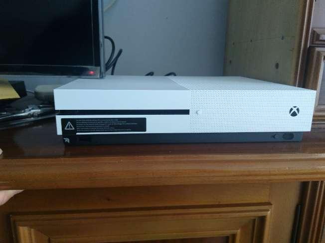 Imagen producto Xbox One S 1Tb 3
