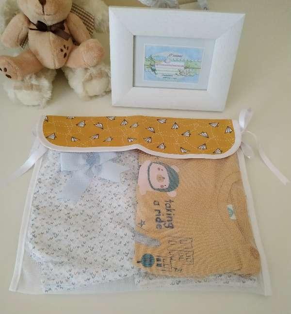 Imagen producto Conjunto con regalo de Babero triángulo. 2