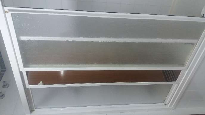 Imagen producto Mampara de bañó aluminio 3