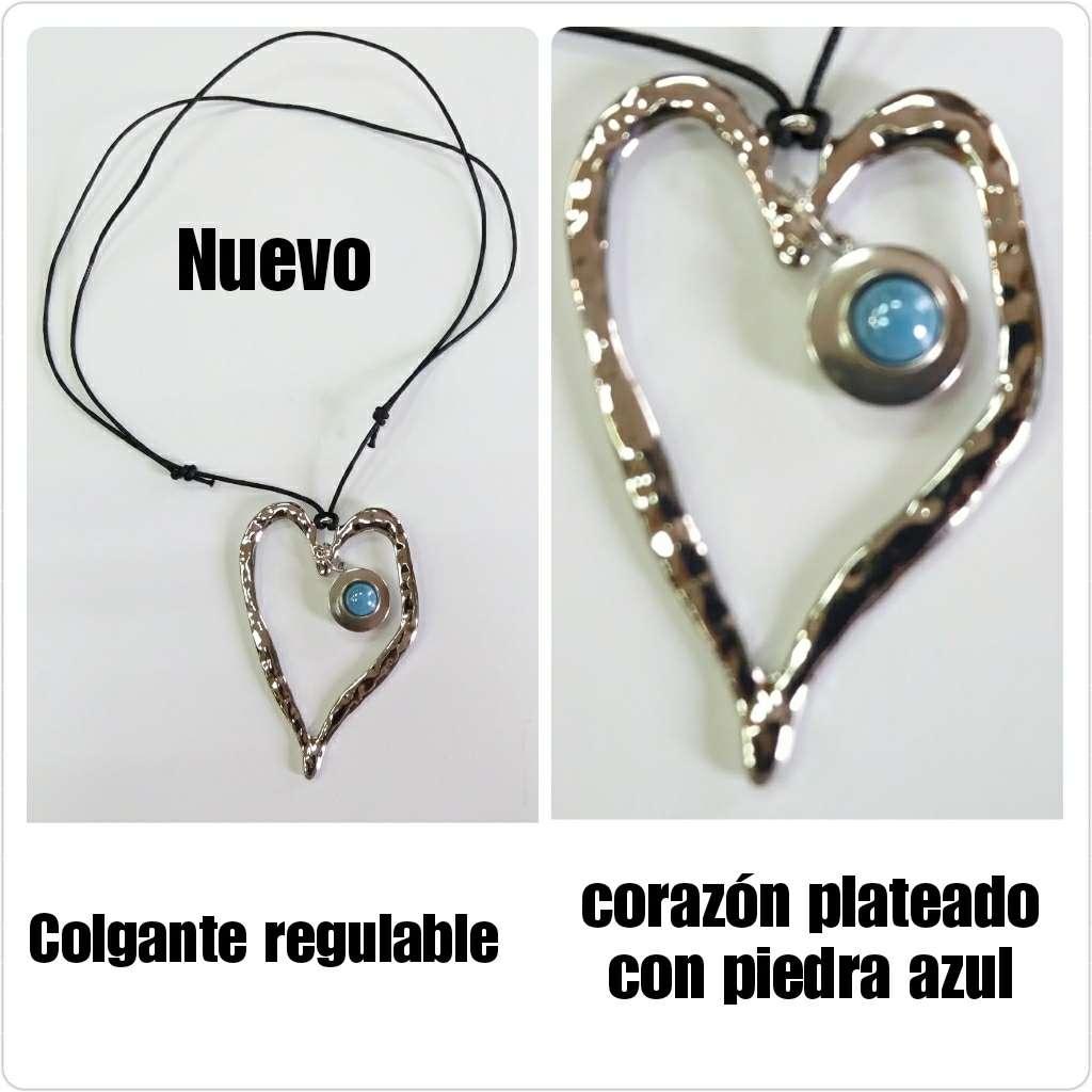 Imagen Colgante de corazón plateado con piedra azul