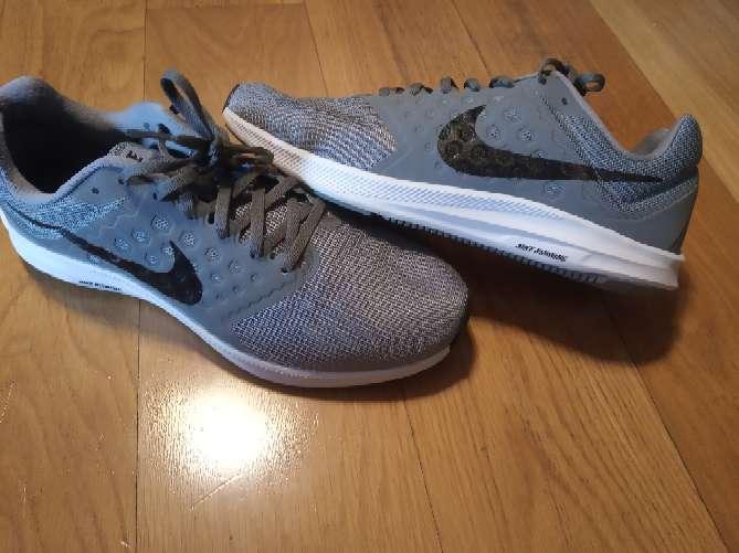 Imagen producto Zapatillas Nike 44  3