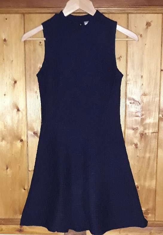 Imagen Vestido Divided H&M, talla 36.