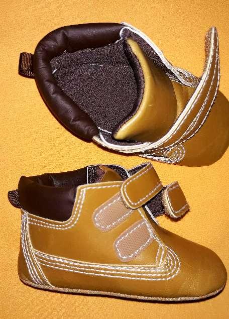 Imagen producto Zapatos nuevos, núm 17-18.  3