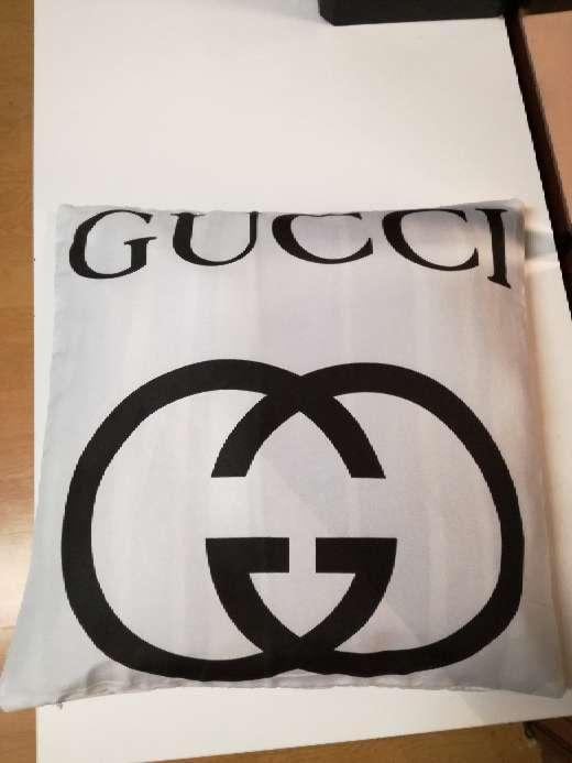 Imagen producto Fundas cojines gucci blanco 2