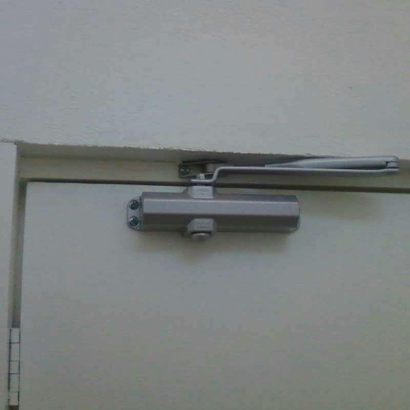 Imagen producto Cierrapuertas aluminio No 3 Dawh 2