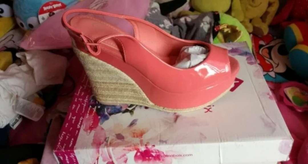 Imagen producto Zapatos de toda clase 5