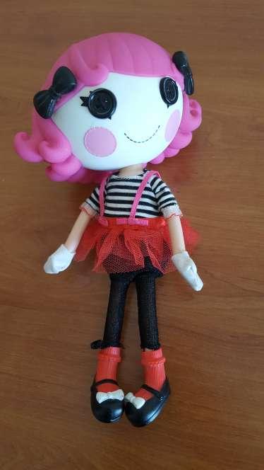 Imagen muñeca muy bonita
