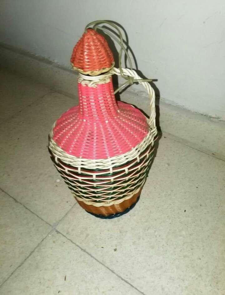 Imagen garrafa antigua
