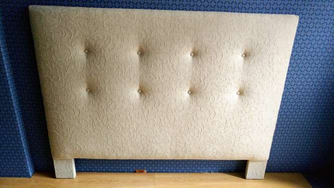 Imagen Cabero de 1,60 NUEVO lino blanco bordado