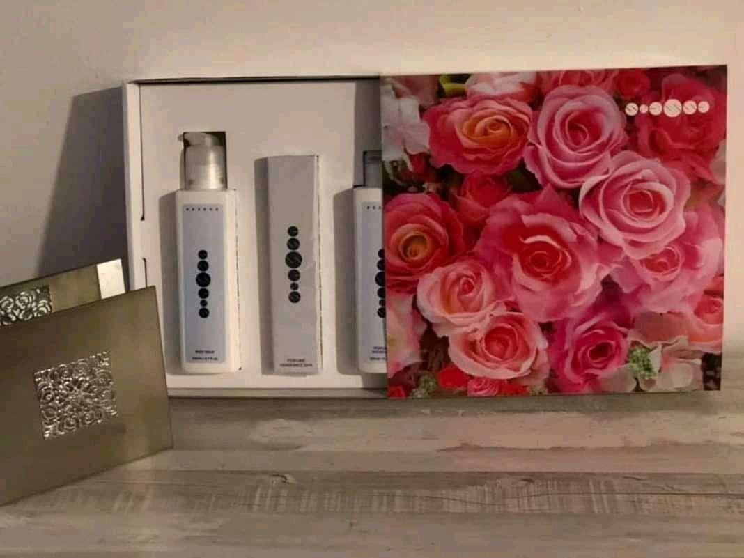 Imagen producto Pack perfume mujer 50ml +gel+crema corporal esencias originales, no copia ni imitación  1