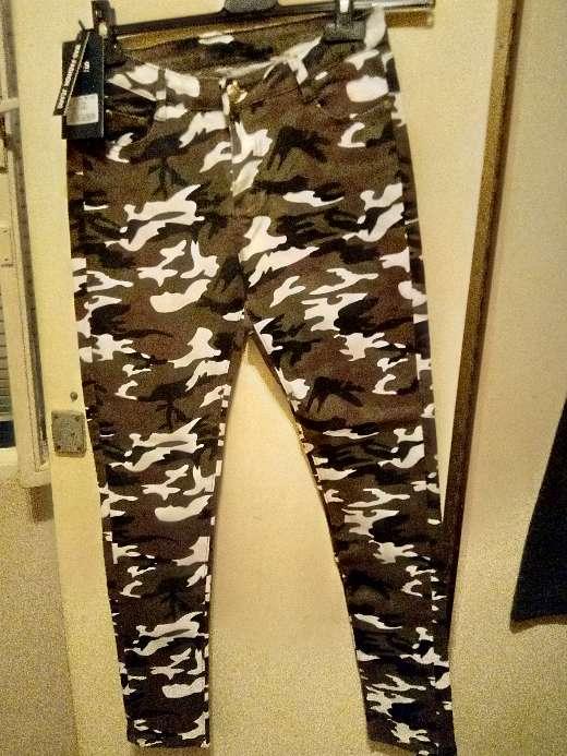 Imagen pantalón camuflaje talla L