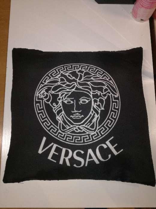 Imagen producto Cojines versace negro 3