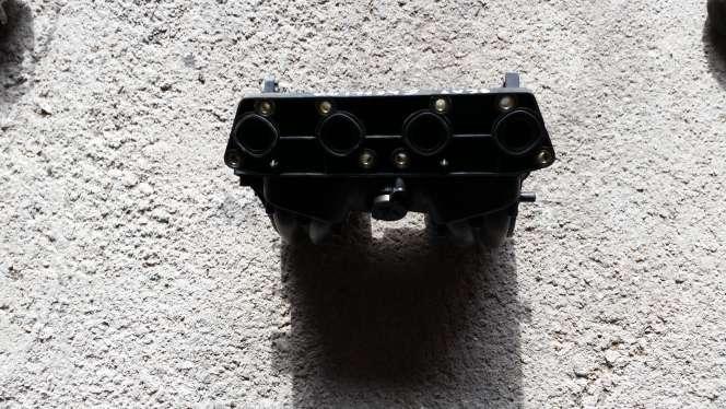 Imagen se vende colector de admisión de seat Ibiza año 2000 1.4 gasolina